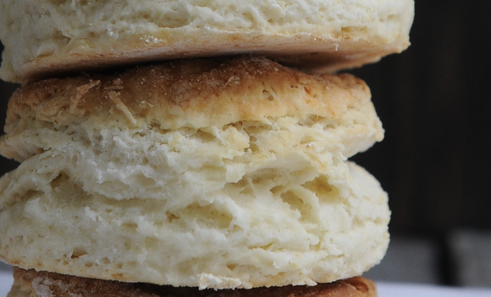 How to Make Fluffy Biscuits